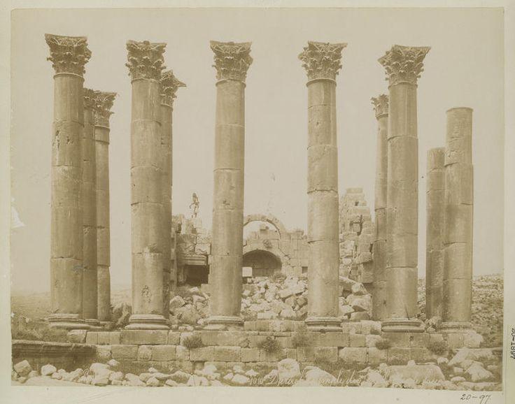 Jordan, Gerasa, Temple of the Sun, portico