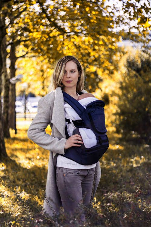 6fc3ec5108c MiaMily Hipster Plus baby carrier review by the Active Mom of two.  Innovative and smart swiss design for kid s and parent s comfort.
