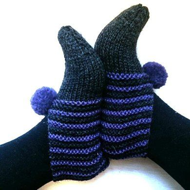 Free pattern for Easy Slippers. Hardly any seaming!