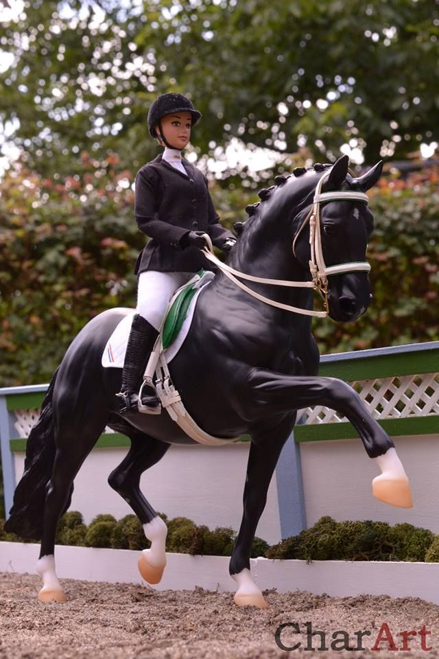 Dressage model horse by Charlotte Pijnenburg