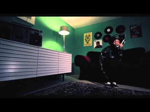 """Dizzy Wright - Tellem my name : """"I'm movin', I don't need a whip, rappin' on my four agreements shit, givin' knowledge you can keep the tip."""""""