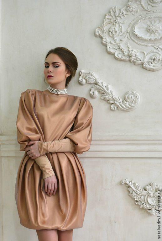 """Платье из авторской коллекции """"Обаяние холода"""" - однотонный,золотой,нарядное платье"""