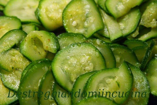 Destreggiandomi in cucina: Zucchine simil trifolate #zucchine #dado