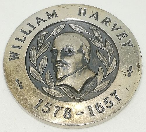 Huge SILVER Medal William Harvey / South African Blood Transfusion Service, 50th Blood Donation   The medal weighs 56 grams and is 48 mm in diameter.   Dated 1974