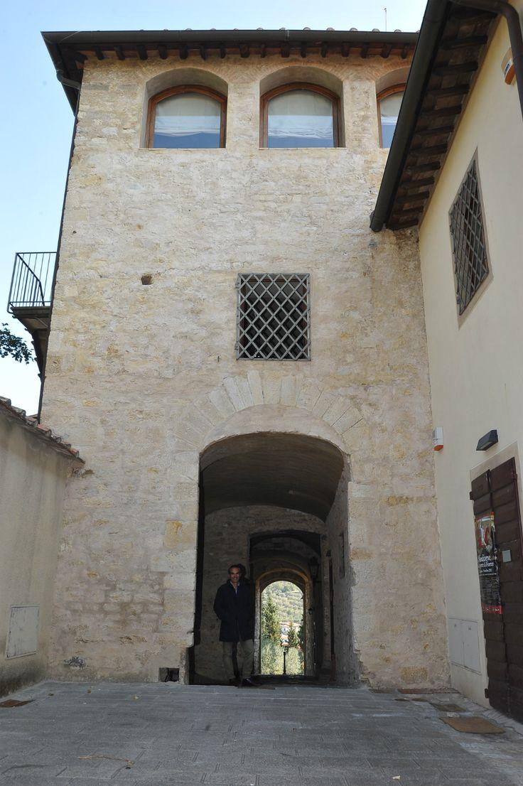 Headquarter a Calenzano - Firenze #florence #calenzano #tuscany #tower #town #italy #toscana #borgo #torre #porta #country #italianstyle