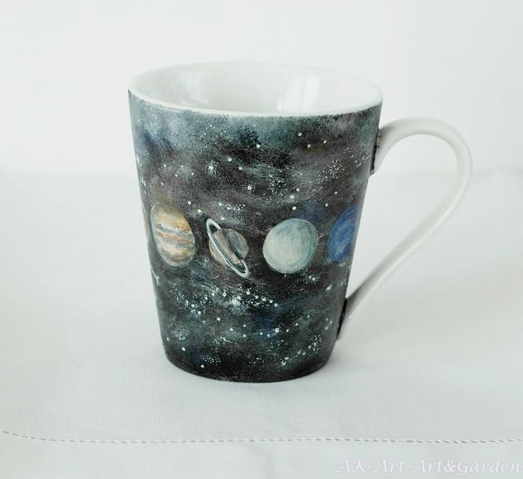 Kubek malowany ręcznie; planety / Hand painted mug with planets
