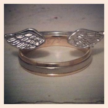 Vingar av evigt guld! #wedding #ring #smycken