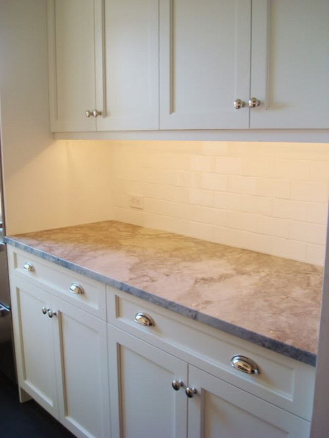 Layout for kitchen pulls