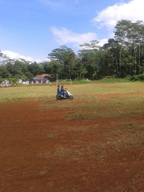 Twitter / rekasdfg: Haha kesempatan bgt nih di ciamis lapangan nya luas jadi bljr motor deh sodara:> @pulkam #pulkam5 pic.twitter.com/fzEibetxQU