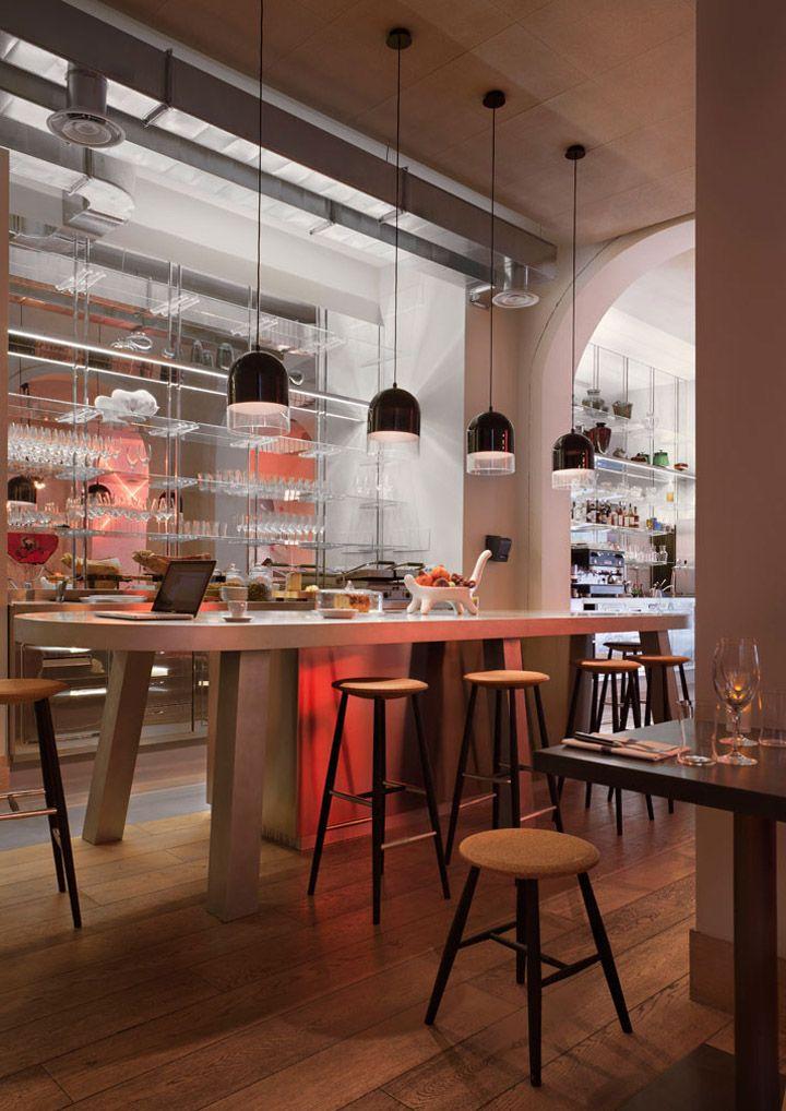 pisacco bistro by vudafieri saverino milan hotels and restaurants - Beaded Inset Restaurant Interior