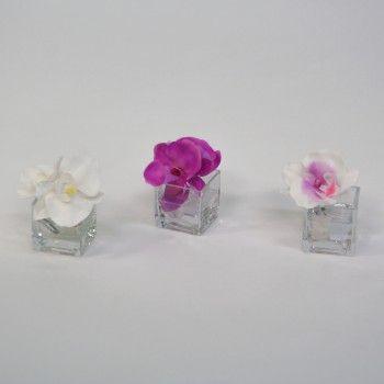 1000 images about compositions florales artificielles on - Doit on couper les tiges des orchidees ...