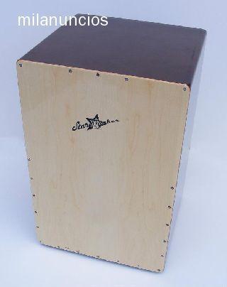 . Caj�n flamenco starsmaker� sm-cj001 madera.tapa madera de arce,lados madera solida de palorosa.modelo profesional.gran tono, presencia muy buena resonancia. clavijeros de afinaci�n del cordaje de alta calidad en cromo negro.pulido y lacado brillante. pat