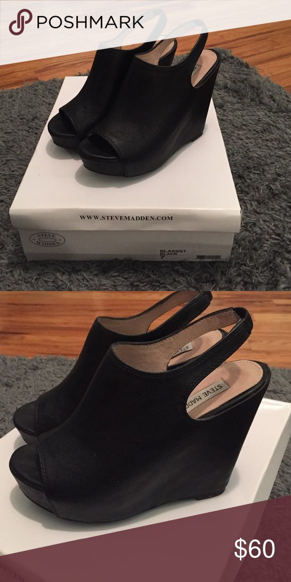 Steve Madden peep toe wedge Great condition!! Steve Madden Shoes Wedges
