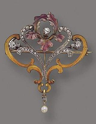 ART NOUVEAU GOLD, PLATINUM, ENAMEL AND DIAMOND PENDANT-BROOCH AND CHAIN, CIRCA 1900