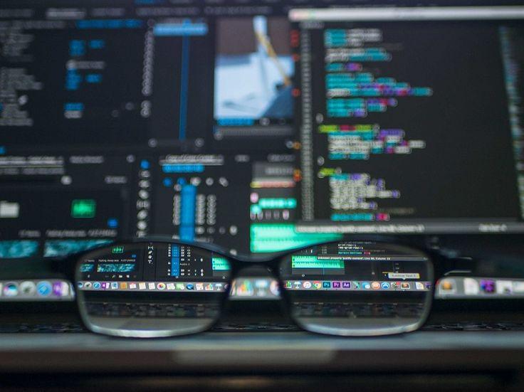 ¿Debe enseñarse programación en todas las carreras de la universidad?   #programacion #universidad #profesores #educacion #enseñanza #ingeniero #sistemas #programador #tecnologia