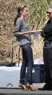 Angelina Jolie in J Brand skinny jeans