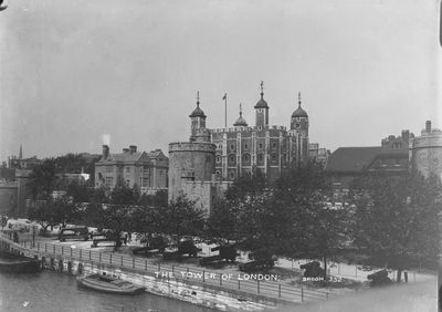 The Tower of London 1903-1910 by Christina Broom