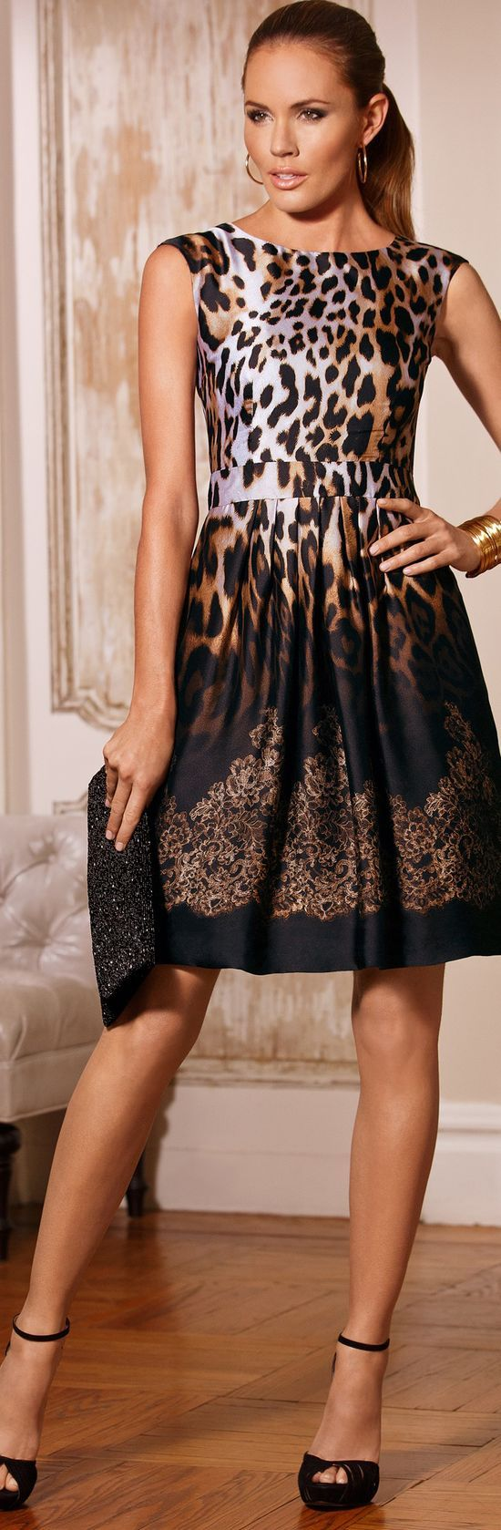 Bumping Hanger - sexy girl - take my breath away - cocktail style evening dress - #thejewelryhut