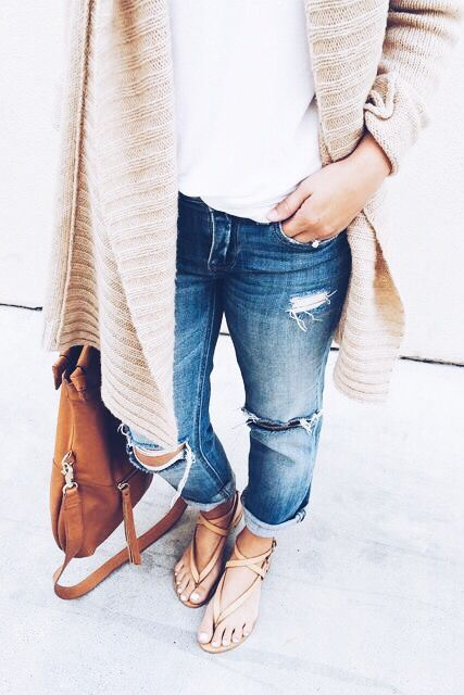 long cardigan & boyfriend jeans