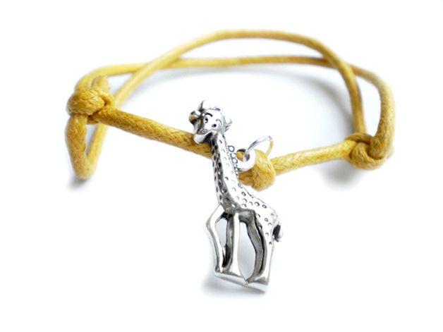 Zółta bransoletka sznurkowa z żyrafą w estoresa na DaWanda.com