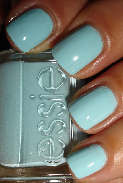 Essie, Mint Candy Apple. This is neither mint nor apple colored, but it's pretty none-the-less.