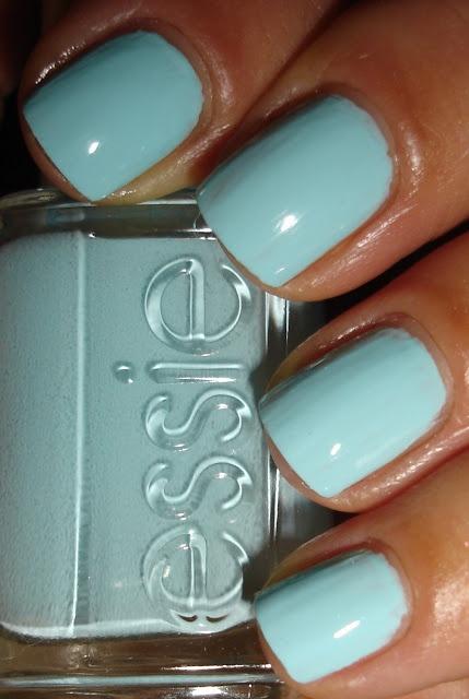 """Essie - """"Mint Candy Apple"""" ♥"""