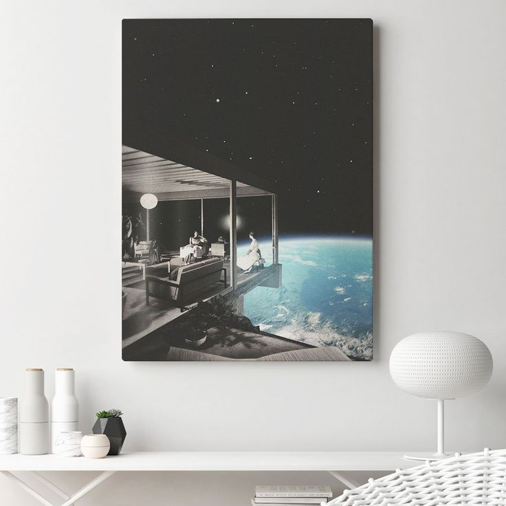 Home Sweet Home 💕  ➡️Only This Weekend!⬅️ Make your space unusual with our special offer! All posters& canvases 30% OFF! 😱 Check it now 👇liveheroes.com/en/shop/home/poster?special=featured