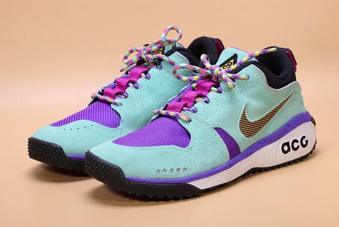 low priced d8583 dff1a Nike Acg Dog Mountain 16