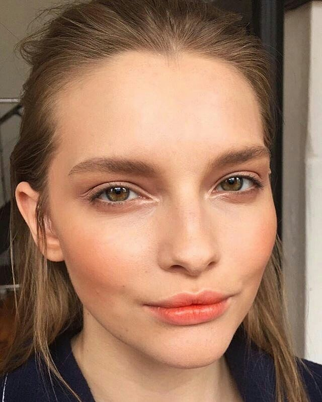Love this look by amazing artist @sheristroh using our new Titian blush for a gorgeous peachy glow  Who has used a coral blush before? It always makes us feel like summer is coming!  #Repost @sheristroh  This gorgeous girl right here Brains AND beauty! Earlier this week with SAMI @sami_pierre of @plutinomodels