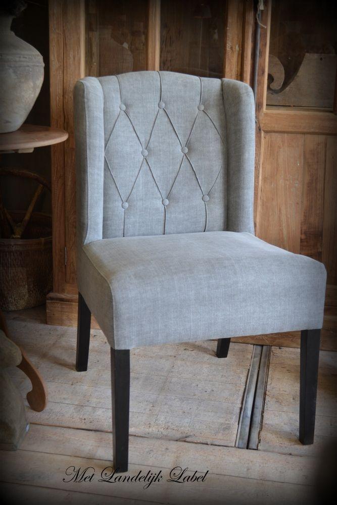 Eettafelstoel met gecapitonneerde rugleuning gezocht? Bij Met Landelijk Label in Borne kunt u prachtige, landelijke stoelen komen bekijken.