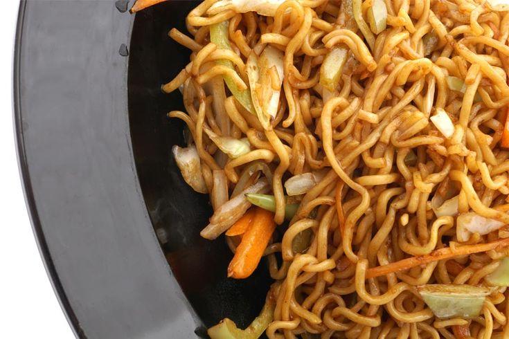 Recette de nouilles chinoises au Thermomix TM31 ou TM5. Faites cet accompagnement en mode étape par étape comme sur votre Thermomix !