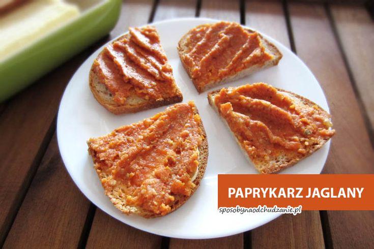 Paprykarz z kaszy jaglanej - najlepszy przepis. Zobacz, jak łatwo wykonać w domowych warunkach pyszny paprykarz pełen składników odżywczych.