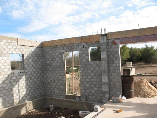 1000 images about alternative building methods on for Cement block house