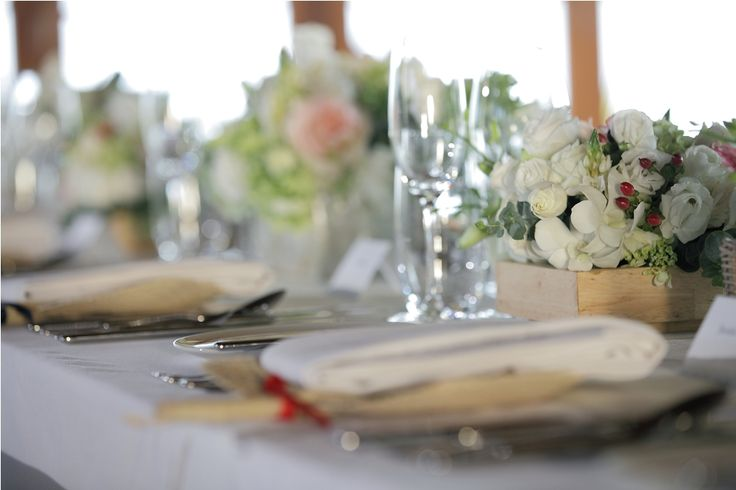 White Rose & Lisianthus, Ornithogalum and Pink Rose with Red Hypricum on the Dinner Table by Tirtha Bridal Uluwatu Bali