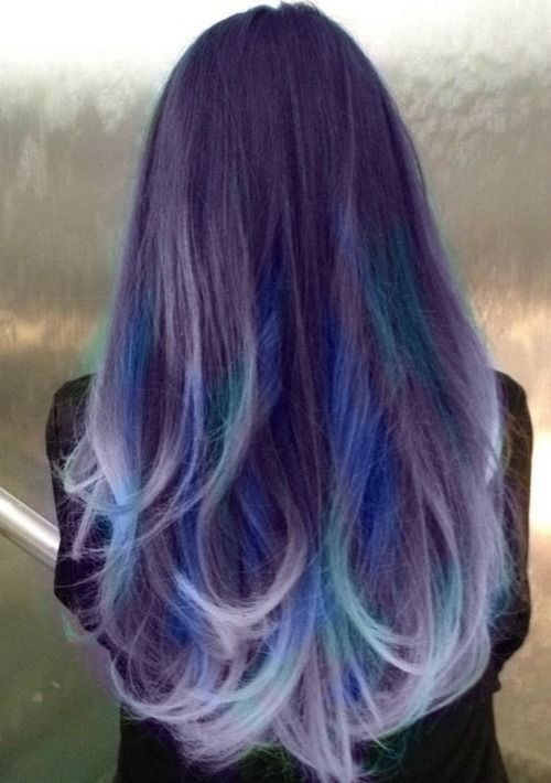 Purple hair... Omg... This looks so cool but I don't like the blue as much. But actually i jsut saw it and was going to show you before decided the purple was perfect :P