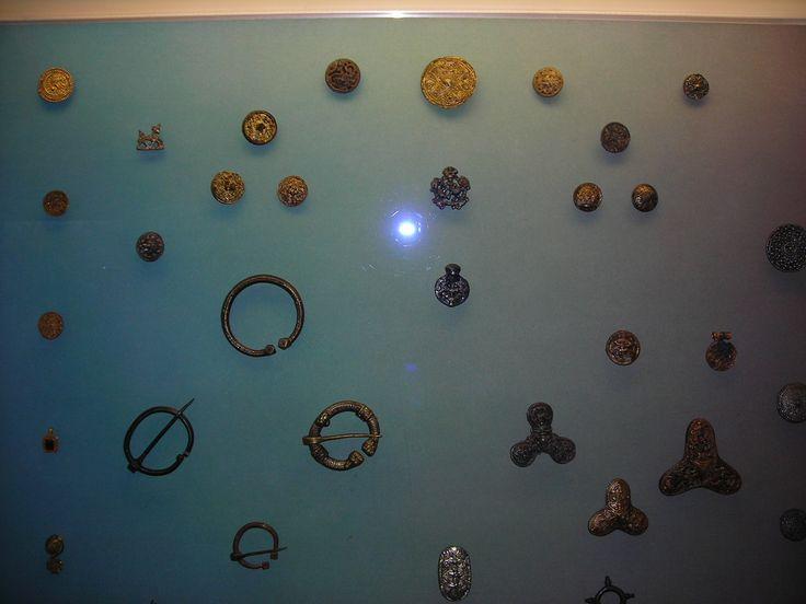 Jewellery in Hedeby Viking Museum (Ювелирные изделия в музее викингов в Хедебю)
