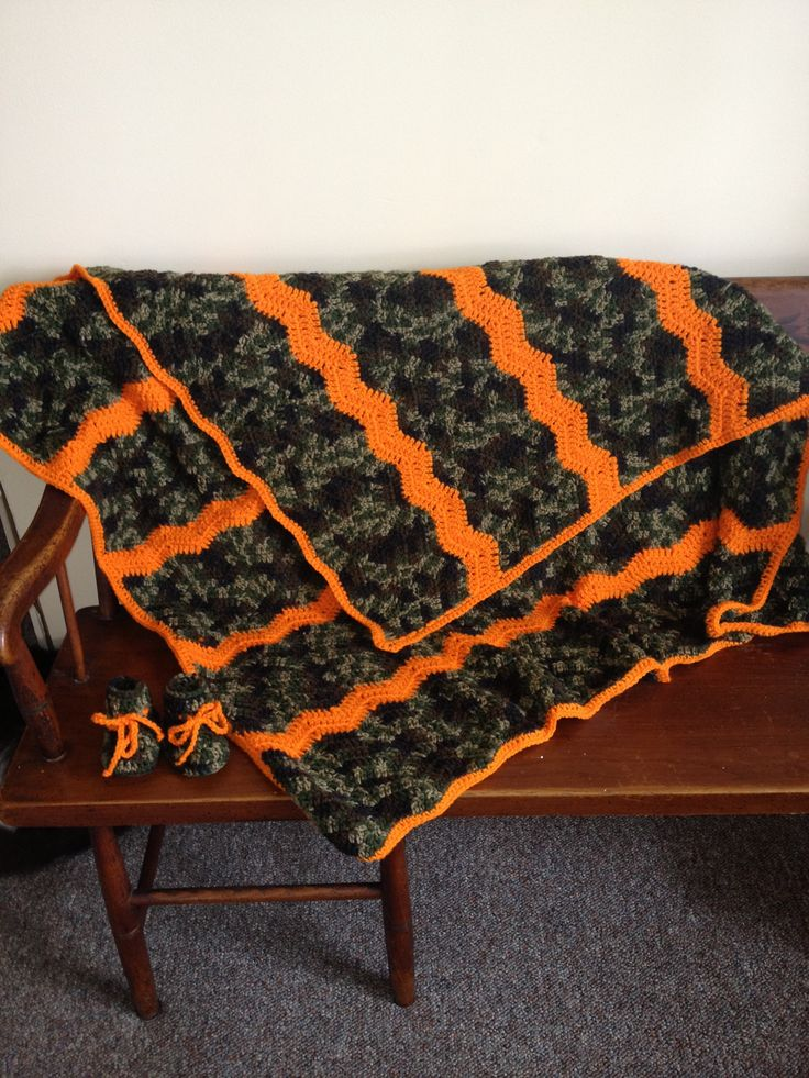 another pic of the camo baby blanket