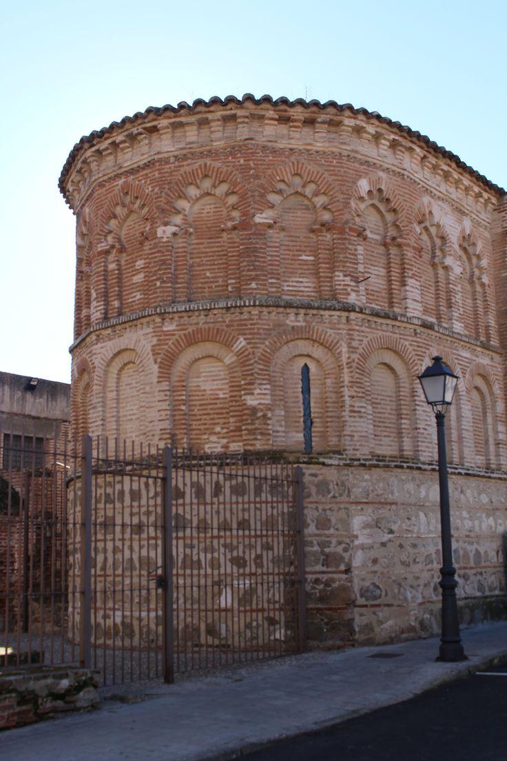 Iglesia de Santiago el Antiguo. Abside. Estilo románico mudéjar.