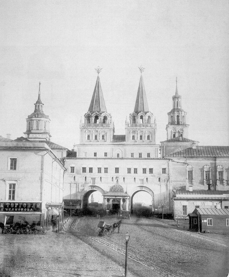 старый город в москве для фото можно