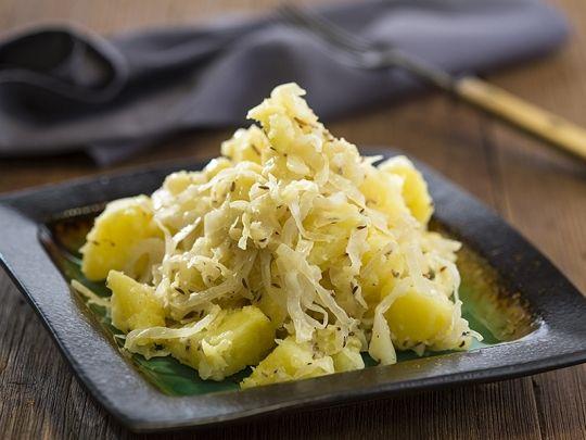 Бон Апети Картофена салата с кисело зеле
