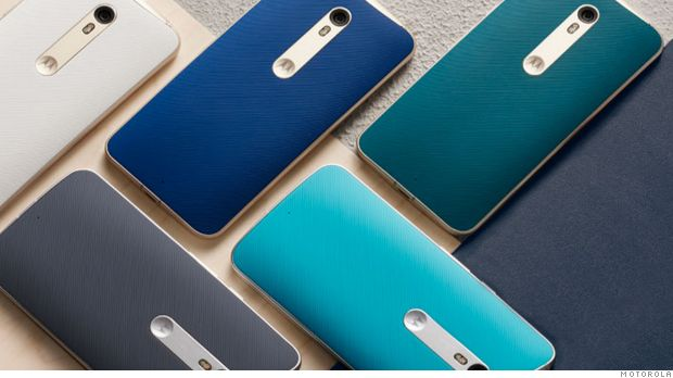 The new Moto X Pure Edition's features are making this smartphone worthy of being the best Android phone on the market. There are 3 features that stand out compared to other smartphones on the market; there is a huge variety of customizable options and it will work on any carrier without any contracts and hassles. In addition, the Moto X Pure Edition has the same top-notch performance as any other smartphone, for half the price.