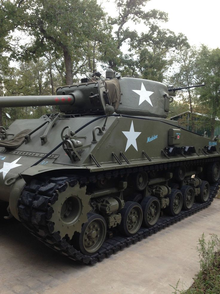 """Military Vehicles For Sale Canada >> For sale: Running and Driving Restored Sherman M4A2E8 """"EasyÉight"""" Tank 