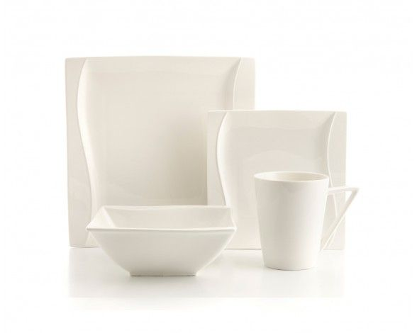 White dishes to showcase the food!