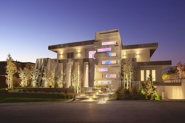 Modern Las Vegas Home 2 30 Exterior Luxury House Designs Luxury Homes Exterior Contemporary House Design