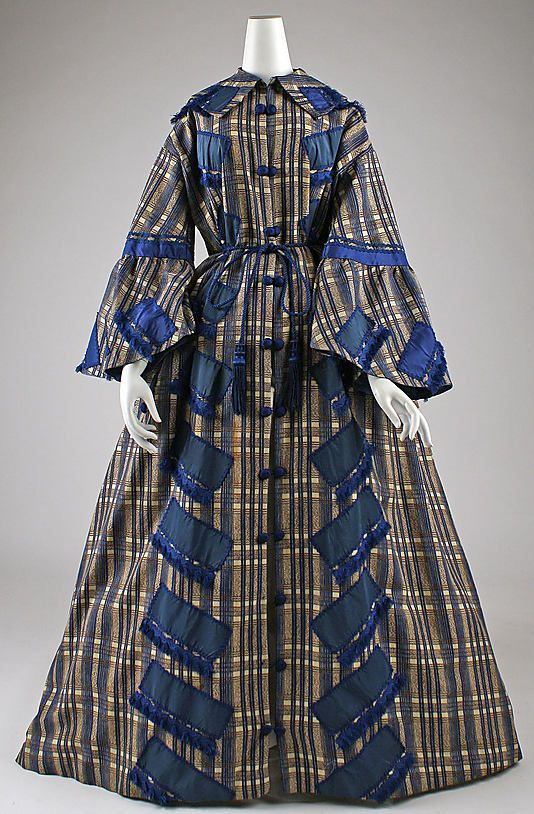 Fiber not known, American or European, 1862. Front cut in one piece, 2-piece back, full skirt. Features, collar, flared sleeves, tasseled waist cord, button frogs. Decorated with silk ribbon an gimp. MET- gorgeous wrapper!Civil Wars, Flare Sleeve, Wrappers Early, 1860 S, Early 1860S, Historical Clothing, Silk Ribbons, Metropolitan Museums, 1860S Wrappers