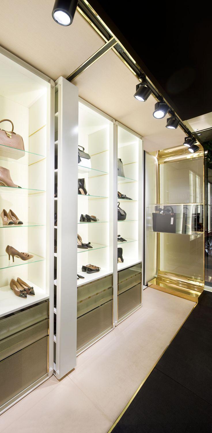 Interior de la tienda de Madrid de Hannibal Laguna Shoes&Accessories