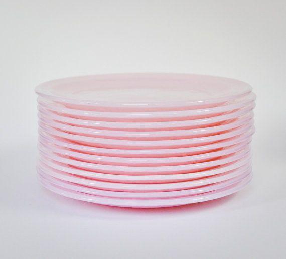 Set of 12 Pale Pink Vintage Glass Plates #GlassPlates #VintageGlass #VintageDecoration #WeddingCenterpiece #HomeDeco #WeddingDeco