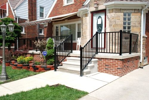 Best R1000 Aluminum Railing Front Porch Railing And Step 640 x 480