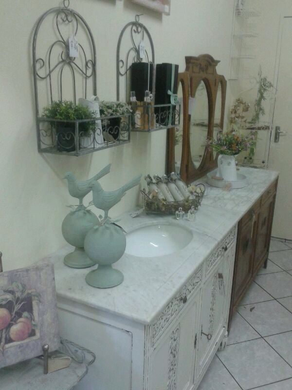 Single vanity with original Bianco Carrara marble top