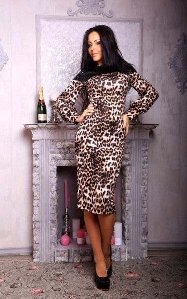 Шикарное леопардовое платье миди с кожаной вставкой